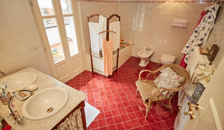 Villa Olginate bagno padronale